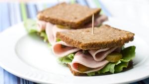 Whole wheat sandwich with turkey
